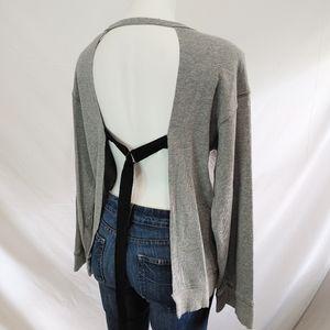 Pam & Gela Open Back Sweater Sweatshirt sz Medium